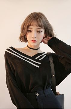 Korean Daily Fashion New Year 2017 Look Photo credits: D-ora Korean Fashion Trends, Korean Street Fashion, Korea Fashion, Asian Fashion, Daily Fashion, Fashion Online, Ulzzang Fashion, Ulzzang Girl, Shorts Outfits Women