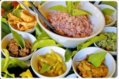 Sri Lanka Cuisine - Rice and Curry Sri Lankan Curry, Le Sri Lanka, Sri Lankan Recipes, Curry Rice, National Dish, Vegetable Curry, Spicy Sauce, Exotic Food, Asian Cooking