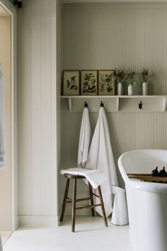 Decor luxury Heckfield Place: 'Hushed Luxury' in Hampshire, England Botanical prints and hooks in the guest bath. Diy Bathroom, Interior, Country Bathroom, Bathroom Interior, Cottage Bathroom, Luxury Bathroom, Bathrooms Remodel, Beautiful Bathrooms, Country House Hotels
