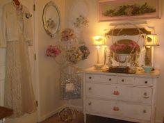 http://cherylscottagehome.blogspot.com  Vintage Shabby Chic - Vintage Dresser