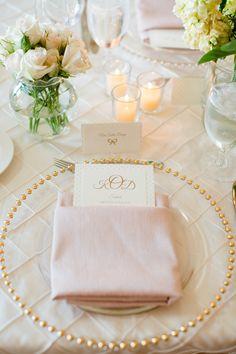 La déco de table: rose pale/perle/fleurs