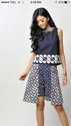 Batik Blazer, Blouse Batik, Batik Dress, Diva Fashion, Ethnic Fashion, Fashion Outfits, Womens Fashion, Mode Batik, Model Kebaya