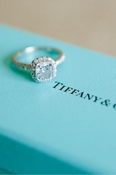 Tiffany and Co. Engagement Ring - this is my ultimate dream ring, not even exaggerating! my friends better show my future hubby this!