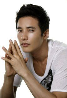 Won Bin...the most beautiful Korean man on the face of the earth... also guilty of my Korean obssession :)