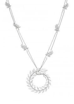 Collier Chopard conçue comme une branche délicate de feuilles de laurier diamants marquise coupées sur une chaîne décorée avec des motifs similaires