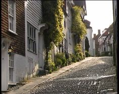 Rye in kent. Lovely place to visit for a day. I loved walking around, going to a tea room and lookinh in all the antique shops.
