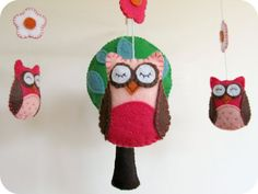 homemade owl mobile tutorial. Could totally do this in a more boyish scheme for the nursery
