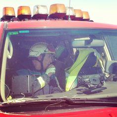 La verdad es que es un lujo trabajar junto a los profesionales de bomberos de la Comunidad de Madrid. Todos los días aprendes algo. Y ya no te digo si coincides en la guardia con Angel Sevillano. Eso ya es un lujo