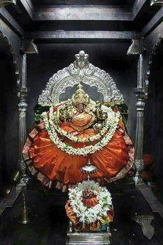 Lord Durga, Durga Maa, Shiva Shakti, Lord Shiva Hd Wallpaper, Lord Vishnu Wallpapers, Shiva Songs, Mysore Painting, Diwali Decorations At Home, Hindu Deities