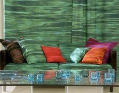 Marimekko Maininki, the red/orange pillow match my wallhanging.