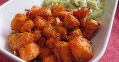 Depuis que j'ai la friteuse Actifry 2 en 1dans ma cuisine je ne me lasse pas de l'utiliser. Je vous en avais parlé ici, elle est parfaite pour faire des frites, mais également d'… Cooking Time, Sweet Potato, Carrots, Fries, Potatoes, Chicken, Vegetables, Food, Cooking Recipes