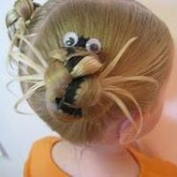 Can we do this in E's hair?? Then I can sing the song to her!!! #Halloween hairdo for #kids