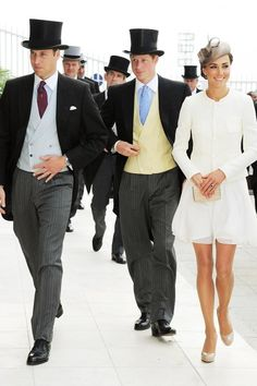 The Duke & Duchess of Cambridge aka Prince William and Kate Middleton along with Prince Harry, attended The Derby at Epsom Downs, England yesterday (Saturday June looking very dapper indee… Moda Kate Middleton, Princesse Kate Middleton, Estilo Kate Middleton, Kate Middleton Style, Lady Diana, Estilo Real, Foto Fashion, Royal Fashion, British Fashion