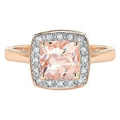 This stunning 9ct rose gold ring offers an elegant, vintage inspired style. A feminine morganite centrepiece exhibiting a soft pink hue is surrounded by a classic diamond halo totalling 12 points. Sparkling and demure, this is a beautiful ring perfect for evening elegance.