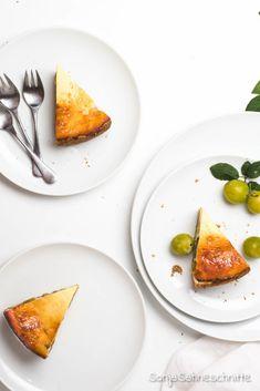 Rezept für einfachen Mirabellenkäsekuchen mit Quark und Schamnd.Bbesser könnt ihr Mirabellen nicht verarbeiten als in diesem einfachen Nachtisch. #backen #quark #schmand #kuchen #mirabellen #sommer #rezepte #verarbeiten #einfach Buzzfeed Food, Food Blogs, Cravings, Cheesecake, Baking, Desserts, Pie, Oats Recipes, Light Cakes