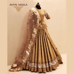 Sunhari Rajputi Poshak For enquires kindly direct message/ name / whatsapp on Indian Wedding Wear, Indian Bridal Outfits, Indian Bridal Lehenga, Pakistani Bridal Dresses, Indian Designer Outfits, Designer Dresses, Designer Wear, Choli Designs, Lehenga Designs
