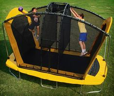 Spaceball Trampoline...combining volleyball, basketball and intense jumping! Looks like A LOT of fun!