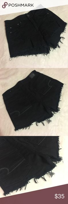 American Eagle - Hi-Rise Festival Shorts American Eagle Hi-Rise Festival Shorts. Distressed. Black. Size 2. Any questions let me know, i'll be happy to answer. American Eagle Outfitters Shorts
