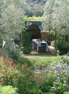 Arabella Lennox Boyd's garden in italy