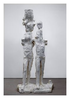 Johan Tahon, Triade 2014-15 100 x 40 x 205 cm Gips foto Gert-Jan van Rooij