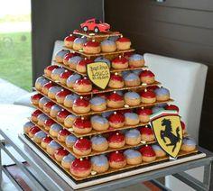 Pièce montée de Baptême aux couleurs de Ferrari.