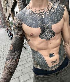 Cool Shoulder Tattoos, Cool Chest Tattoos, Badass Tattoos, Full Body Tattoo, Body Art Tattoos, Sleeve Tattoos, Tattoo Art, Tatoos, Geometric Tattoos Men