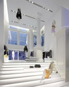 Outstanding Achievement, Interior Lighting - Vera Wang New York Flagship Store - Architectural Lighting Magazine
