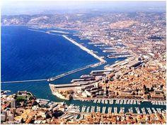 Vue sur le Port de Marseille - France - www.marseille.fr www.marseille-tourisme.com