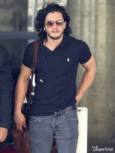 Kit Harrington is yum.
