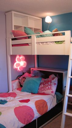 """Fantastic """"bunk bed ideas for small rooms"""" detail is offered on our internet site. Check it out and you will not be sorry you did. Bunk Bed Shelf, Bookshelf Bed, Headboard With Shelves, Bed Shelves, Bunk Beds Small Room, Kids Bunk Beds, Small Rooms, Loft Beds, Kids Rooms"""