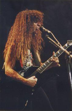 Apprenez à jouer de la guitare comme Marty Friedman de Megadeth sur MyMusicTeacher.fr
