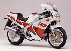 1989 Yamaha FZR1000  One of the first bikes I lusted after.