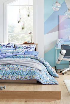 Trendy pottery barn bedroom bedding that look beautiful Stylish Interior, Industrial Interior Design, Stylish Home Decor, Unique Home Decor, Furniture Inspiration, Home Decor Inspiration, Design Inspiration, Design Ideas, Unique House Design