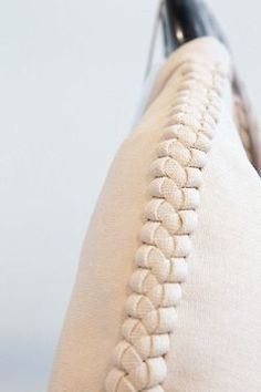 modern lacing