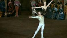 Η θρυλική και σκανδαλώδης ζωή του Ρούντολφ Νουρέγιεφ (pics) Old Friendships, Margot Fonteyn, Rudolf Nureyev, Modern Dance, Lets Dance, Swan Lake, Ballet Dance, Dancer, Youtube