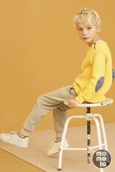 www.momolo.com Look de ZARA    MOMOLO Street Style Kids :: La primera red social de Moda Infantil www.momolo.com   Look de Ralph Lauren in MOMOLO Street Style Kids :: La primera red social de Moda Infantil #kids #dress #modainfantil #fashionkids #kidsfashion #childrensfashion #childrens #ninos #kids #streetstyle #ropaninos #kidsfashion #baby #modabebé #bebé #fw14 #aw14 #streetstylekids   #kidswear Fashion Kids, Preteen Fashion, Toddler Fashion, Zara Kids, Kids Studio, Kids C, Boy Poses, Stylish Kids, Kids Wear