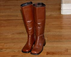 Preowned Womens Nine West Long Leather Boots Knee High, Brown w Harness Sz 5.5US