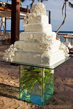 16 Beach Theme Wedding Cakes, Inspiration