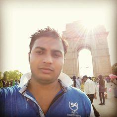 Having fun and selfie at India gate