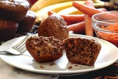 Paleo Banana Carrot Muffins. DELICIOUS!!! (And freezable,  will definately be making big batches of these)