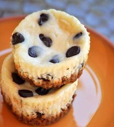 chocolate chip mini cheesecakes