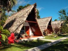 Les chalets de l' hotel la digue island lodge aux seychelles sur l' ile de la digue