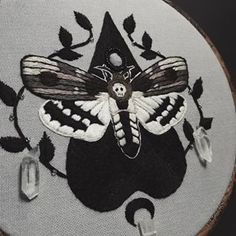 Finally completed this death's-head hawkmoth commission today! It was a challenge and took me longer than I thought it would to complete, but I'm happy with the outcome & learned a lot in the process. Hand Embroidery Designs, Diy Embroidery, Cross Stitch Embroidery, Embroidery Patterns, Cross Stitch Borders, Cross Stitching, Halloween Embroidery, Embroidery Fashion, Embroidery Patches