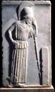 Το ανάγλυφο της σκεπτόμενης Αθηνάς.