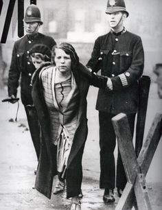 Suffragettes vs. police: The women prepared to go to prison for the vote