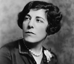 Edna Ferber, the prolific American novelist and playwright, offers 5 great tips for the writing life for would-be and experienced writers. Nickolas Muray, Show Boat, Story Writer, Fiction Writing, Writing Advice, Writers Write, Classic Literature, Playwright, Profile Photo