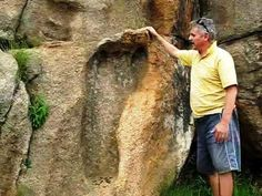 Ancient Giant Foot Print in South Africa (Giants are Nephilim meaning 'of the fallen', ie son's of the fallen angels, what we call aliens) Ancient Aliens, Ancient History, Ancient Egypt, Ancient Mysteries, Ancient Artifacts, Ufo, Giant Skeletons Found, Nephilim Giants, Mystery Of History
