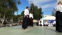 Randori en AIKIDO - AIKIDO-BUDO.  Vidéo de démonstration d'Aïkido lors de la convention des sports du samedi 3 septembre 2016.  Venez participer ou assister à un cours gratuit au Gymnase Langevin Blanc Mesnil.  Renseignements sur le site Internet : http://www.aikido-budo.fr/  #aikido  #aikitaiso #aikiken #aikijo #bukiwaza #aiki #aikidoka #hakama #bokken #bokuto #artmartial #budo