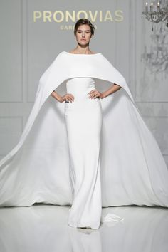 Verona style from Atelier Pronovias 2016 Collection.
