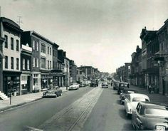 Fleet and Ann St. 1950s look at the cars.